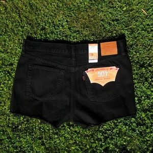 Levi's NWT 501 Black Distressed shorts 33